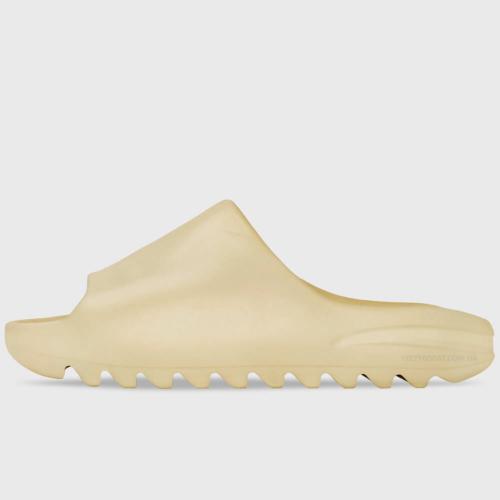 adidas-yeezy-slide-desert-sand-1