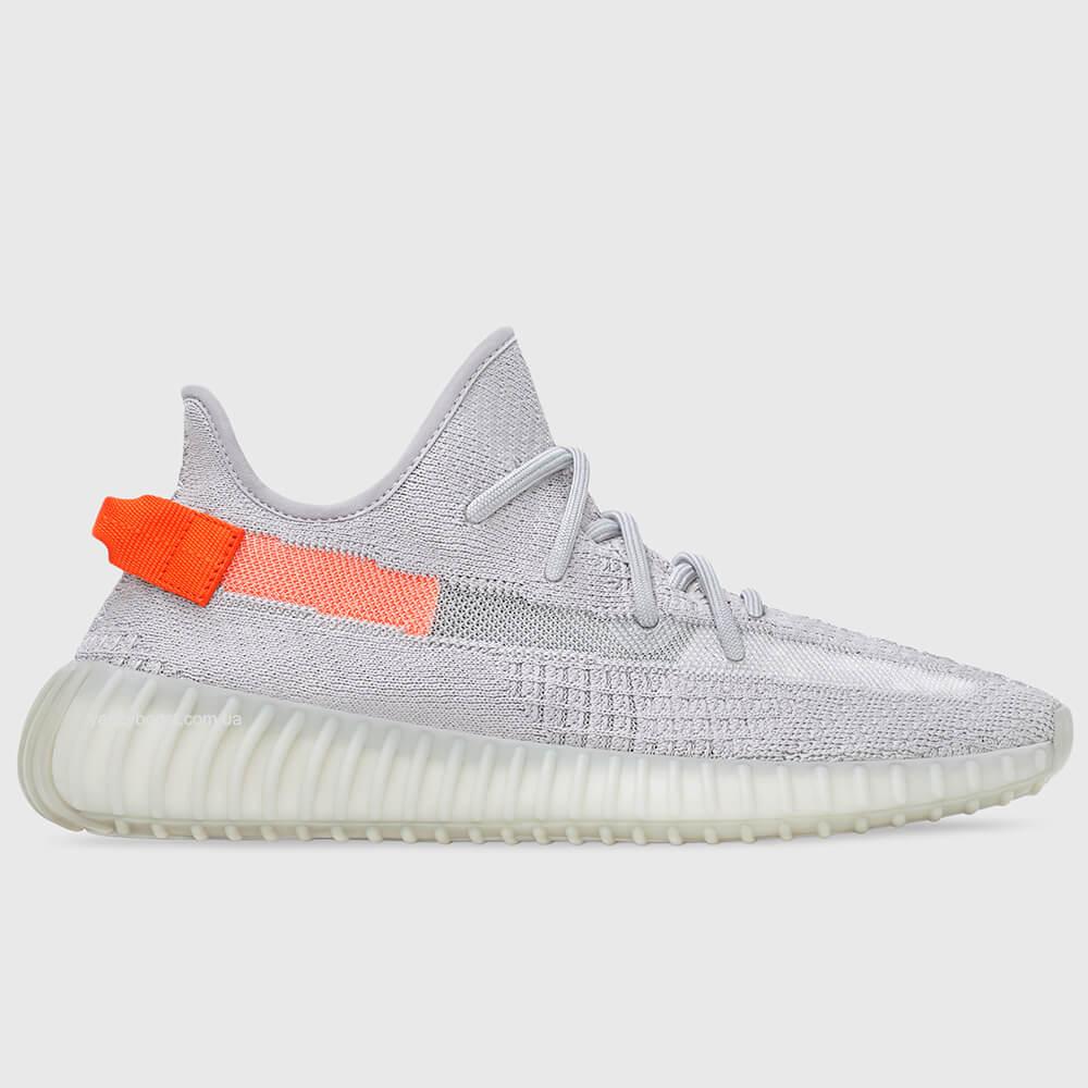 adidas-yeezy-boost-350-v2-tail-light-2