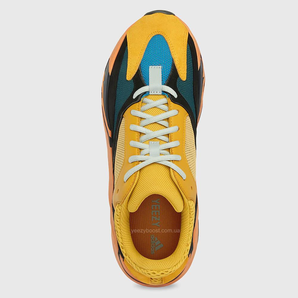 adidas-yeezy-boost-700-sun-4