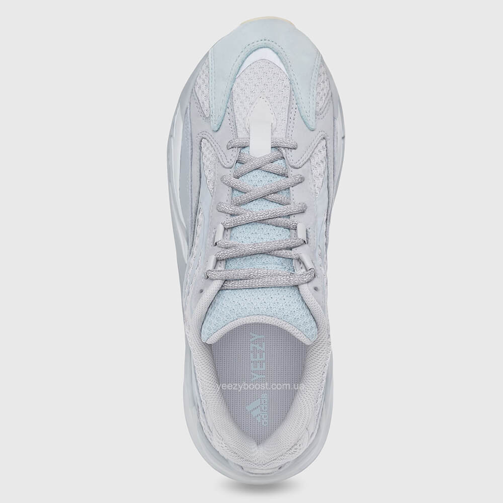 adidas-yeezy-boost-700-v2-inertia-4